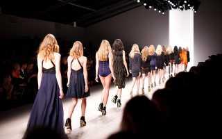 Сколько зарабатывает дизайнер одежды