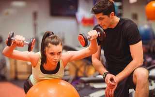 Сколько зарабатывает фитнес тренер – в России, в Москве, за рубежом